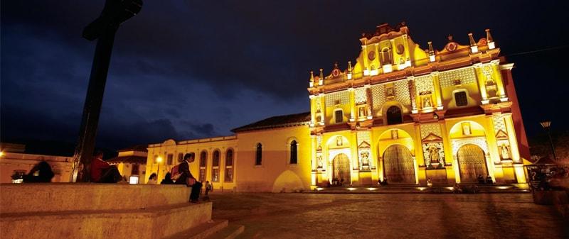 San Cristóbal de Las Casas de Noche