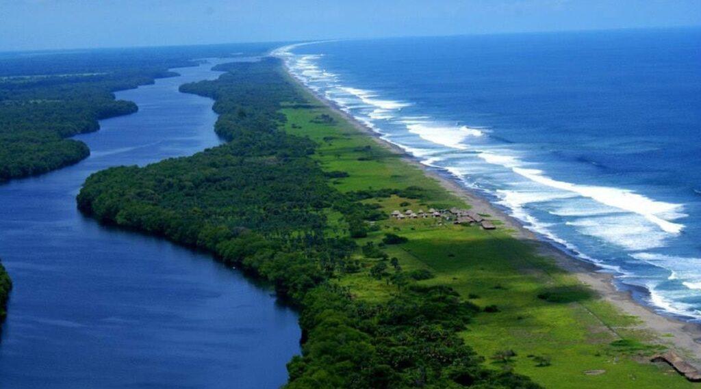 Playa Madresal Chiapas